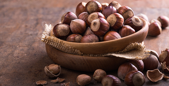Hazelnoten zorgen voor de nodige voedingsstoffen bij senioren